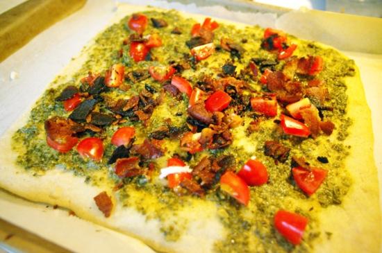 20160617 grain free pizza _50 sm
