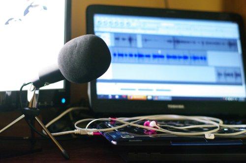 blogger podcaster